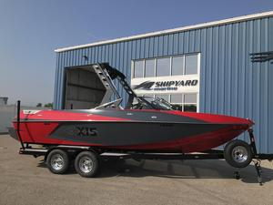 New Axis Wake Research T22 Ski and Wakeboard Boat For Sale