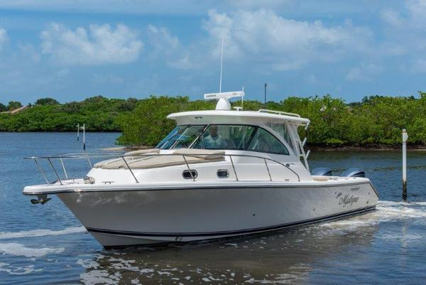 Used Pursuit 345 Offshore Sports Fishing Boat For Sale