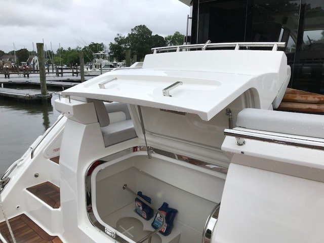 2019 New Sea Ray L550 Motor Yacht For Sale - $2,451,783