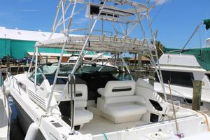 Used Sea Ray 400 Express Cruiser Sports Fishing Boat For Sale
