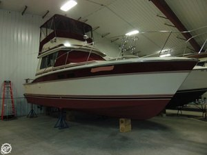 Used Trojan F32 Sedan Cruiser Boat For Sale