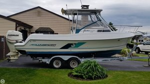Used Aquasport 225 Explorer Walkaround Fishing Boat For Sale