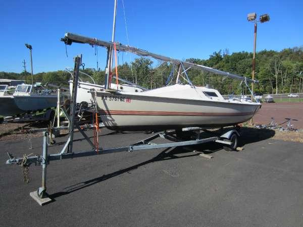 Used Hobie Cat Beach Catamaran Sailboat For Sale