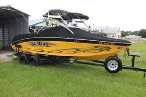 Used Correct Craft Air Nautique 226 Bowrider Boat For Sale