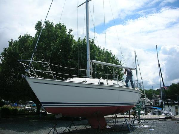 Used Pearson 31 Sloop Sailboat For Sale
