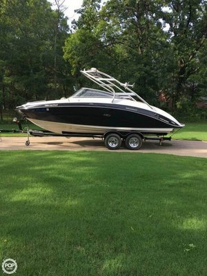 Used Yamaha SX 240 Jet Boat For Sale
