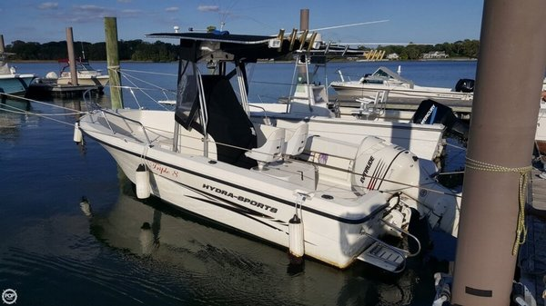 Used Hydra-Sports Lightning 212 Center Console Fishing Boat For Sale