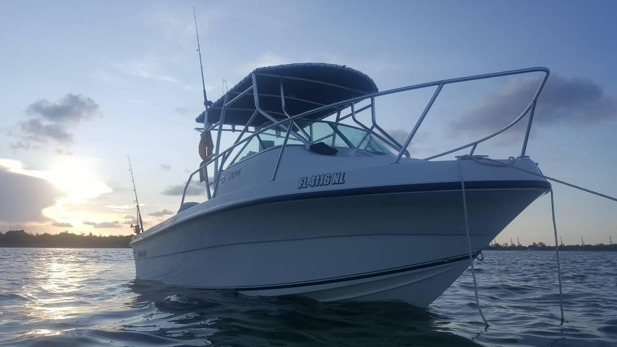2007 used angler 204 walkaround fishing boat for sale for Used fishing boats for sale in florida