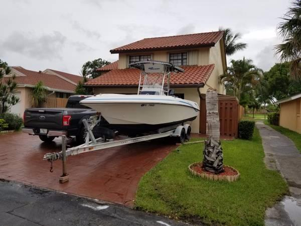 Used Fountain 23 Center Console Saltwater Fishing Boat For Sale