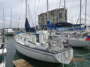 Used 1980 Hunter 33 Sloop Sailboat For Sale