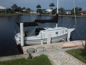 Used Hunter 27' Fixed Keel Sloop Sailboat For Sale