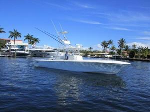 Used Sea Vee 390ips Center Console Fishing Boat For Sale