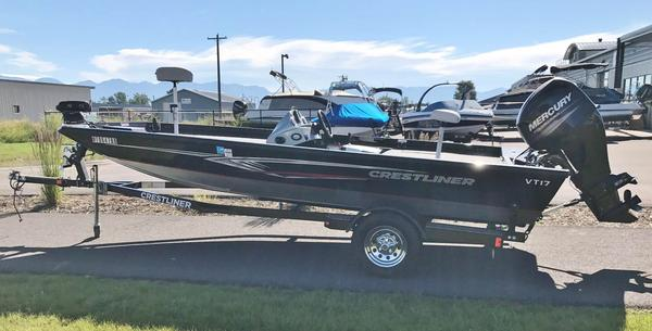 Used Crestliner VT 17VT 17 Aluminum Fishing Boat For Sale