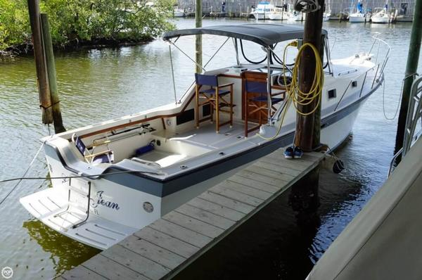 Used Luhrs 30 Alura Downeast Fishing Boat For Sale