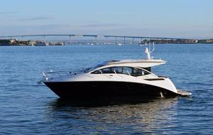 New Sea Ray Sport Sundancer 400 Cruiser Boat For Sale