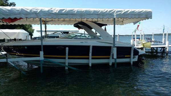Used Monterey 318 SS Bowrider Boat For Sale