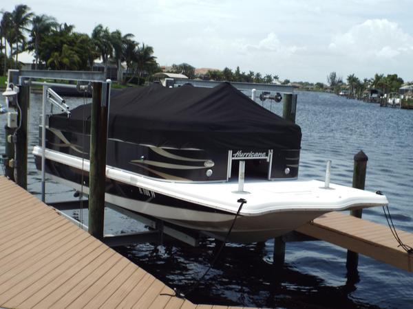 Used Hurricane Fun Deck 236F Bowrider Boat For Sale
