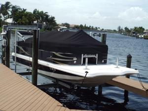 Used Hurricane Fun Deck 236F Bowrider Boat For Sale