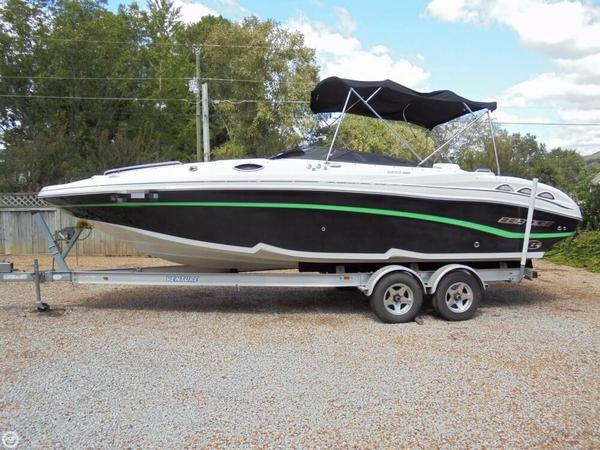 Used Ebbtide 2600 Bowrider Boat For Sale