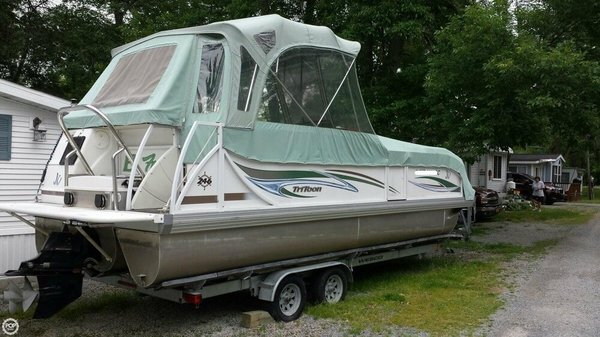 Used Jc Tritoon 246 Pontoon Boat For Sale