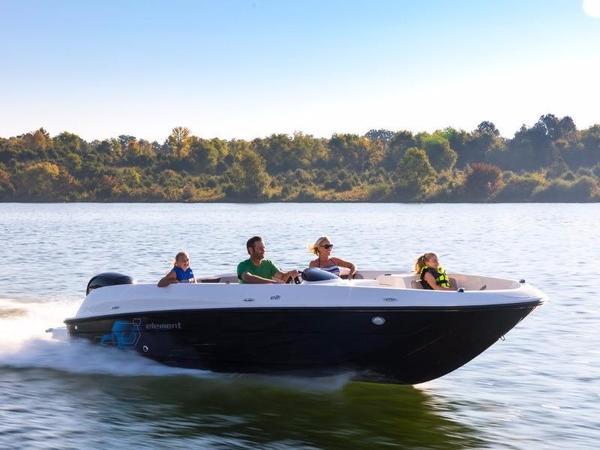 New Bayliner Element E21 Bowrider Boat For Sale