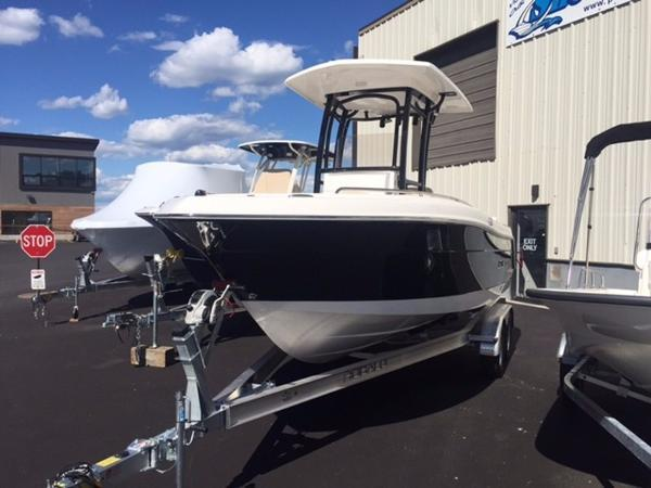 New Robalo r 222 Center Console Fishing Boat For Sale