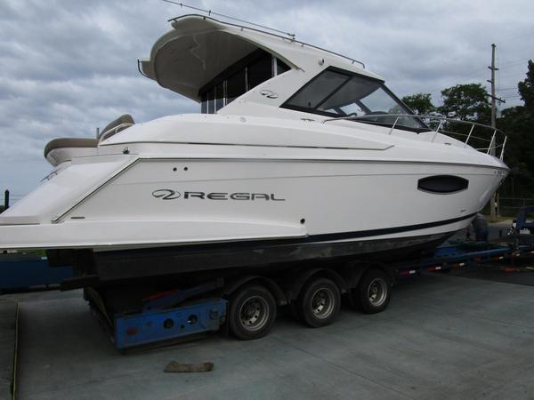 Used Regal 42 Sport Coupe Cruiser Boat For Sale