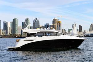 New Sea Ray Sport Sundancer 460 Motor Yacht For Sale