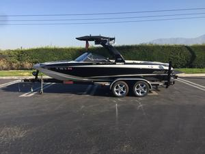 Used Malibu Response LXi SE Ski and Wakeboard Boat For Sale