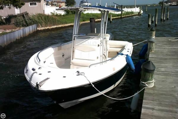 Used Robalo R 222 Center Console Fishing Boat For Sale