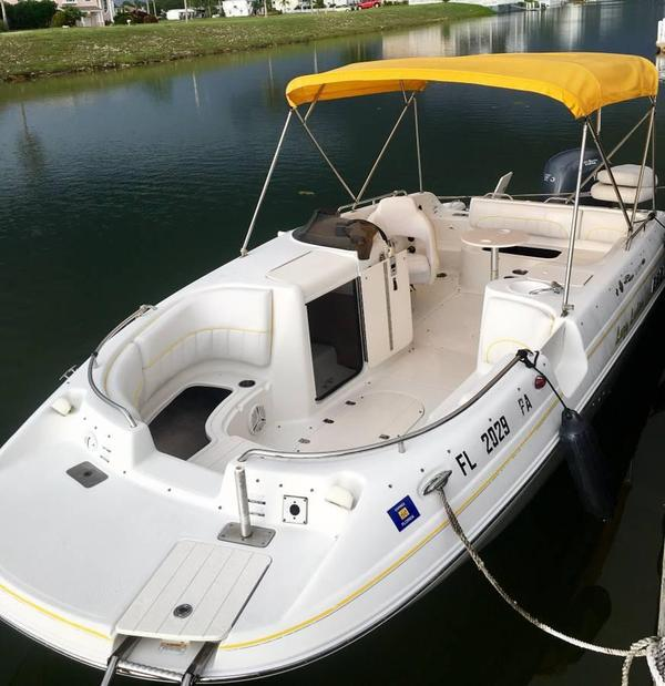 Used Ebbtide 2100 SC Deck Boat For Sale