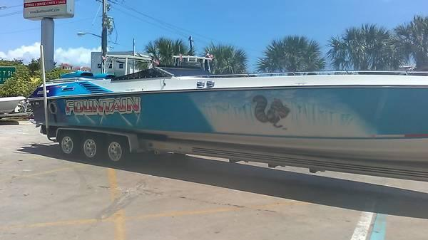 Used Fountain High Performance Boat For Sale