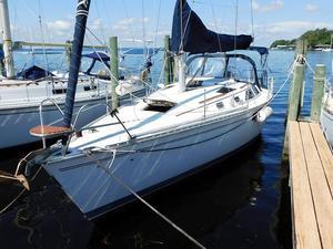 Used Hunter Legend 35.5 Sloop Sailboat For Sale