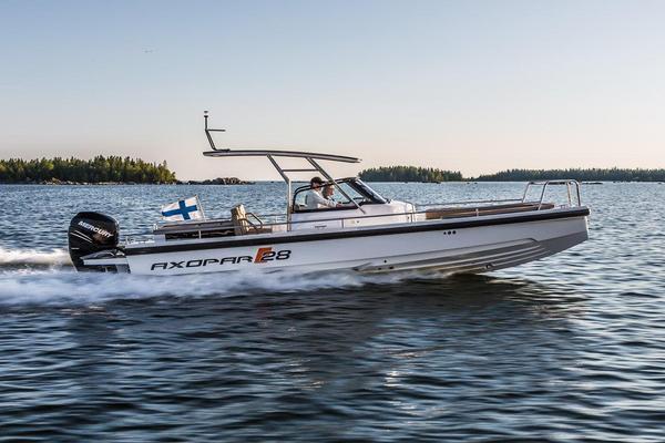New Axopar 28 TT Bowrider Boat For Sale