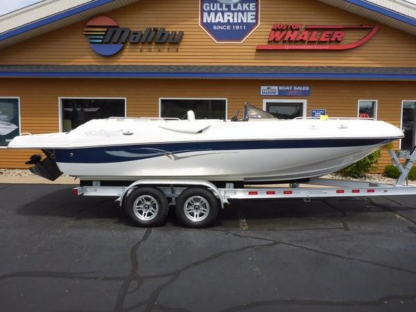 Used Kayot V200 Deck Boat For Sale