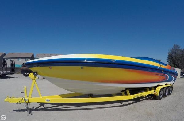 Used Commander 32 Signature High Performance Boat For Sale