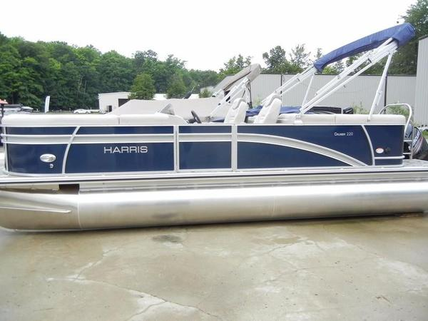 New Harris Cruiser Series 220 Pontoon Boat For Sale