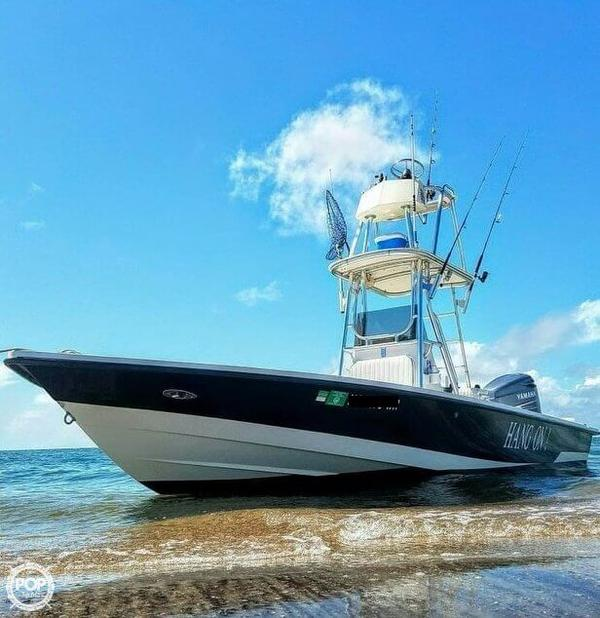 Used Pathfinder 2400-V Center Console Fishing Boat For Sale