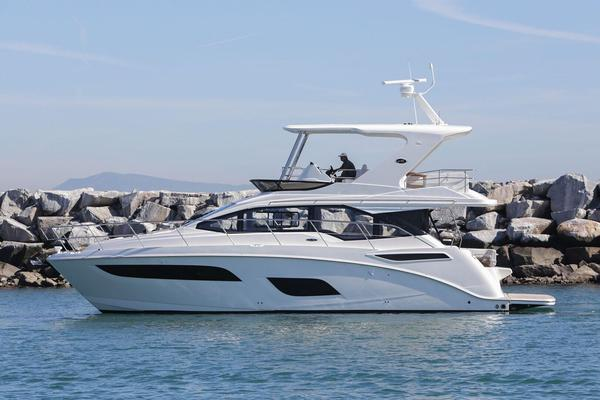 New Sea Ray Sport 460 Fly Motor Yacht For Sale