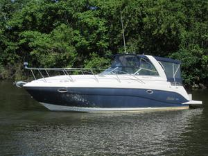 Used Rinker Fiesta Vee 320 Express Cruiser Boat For Sale