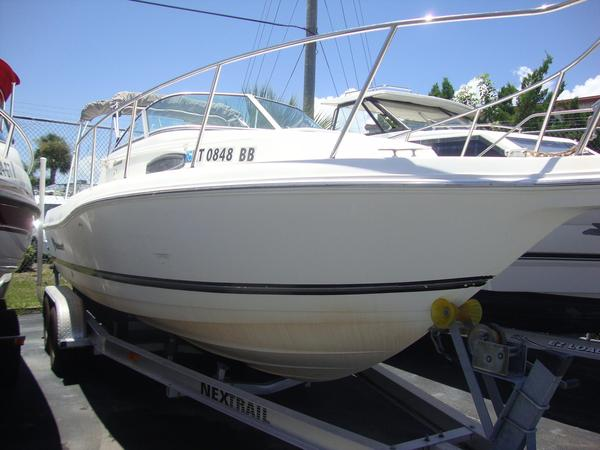 Used Wellcraft BT Walkaround Fishing Boat For Sale