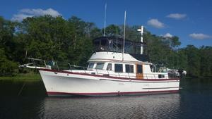 Used Marine Trader 44' Classic Trawler Boat For Sale