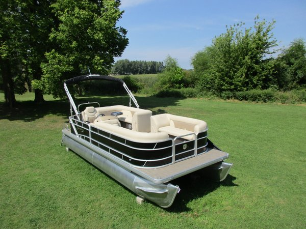 New Sweetwater SW 2286 C Pontoon Boat For Sale