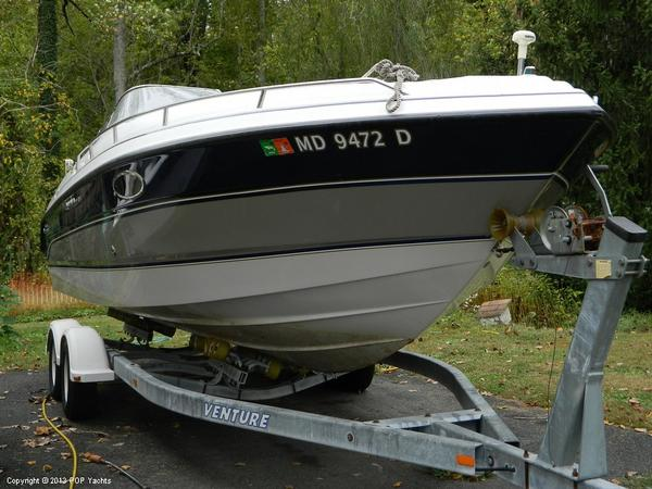 Used Chaparral 2550 SX Express Cruiser Boat For Sale