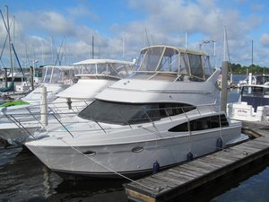 Used Carver Sport Sedan Motor Yacht For Sale