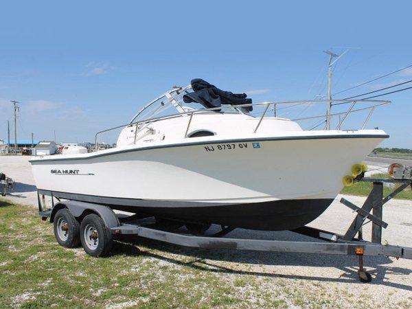 Used Sea Hunt Cuddy Cabin Boat For Sale