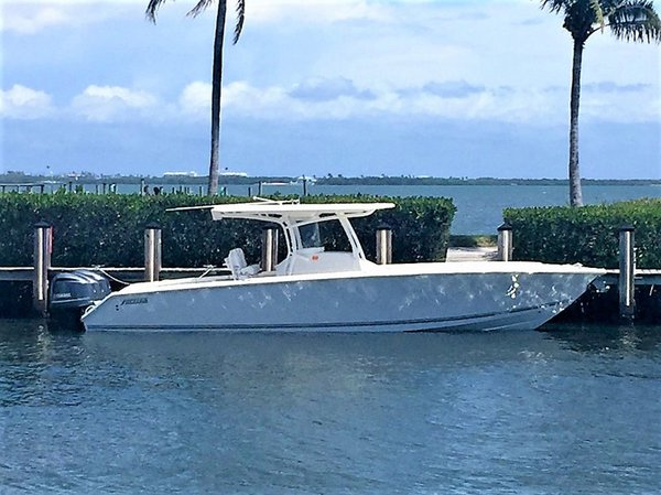 Used Jupiter 34 FS Center Console Fishing Boat For Sale