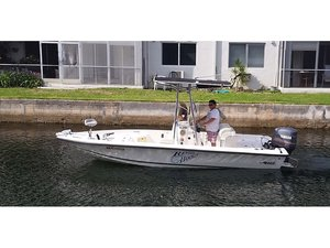 Used Mako Bay Shark Runabout Center Console Fishing Boat For Sale