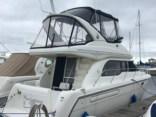 Used Bayliner 3488 command bridge Motor Yacht For Sale
