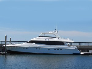 Used Lazzara Motoryacht Flybridge Boat For Sale